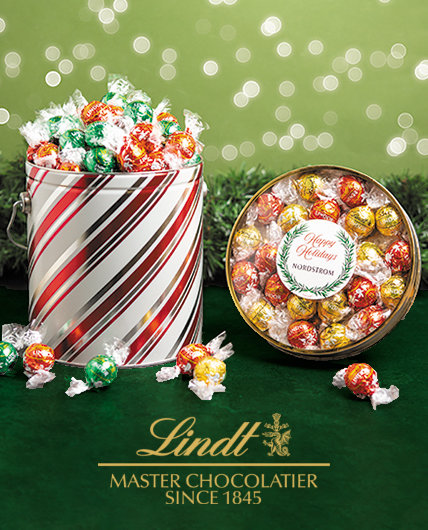 Personalized Christmas Lindt Gifts & Favors